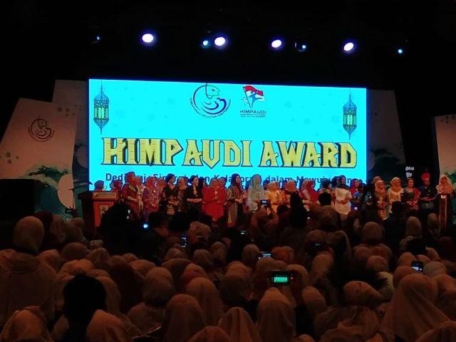 Bunda PAUD Aceh Besar Terima HIMPAUDI Award