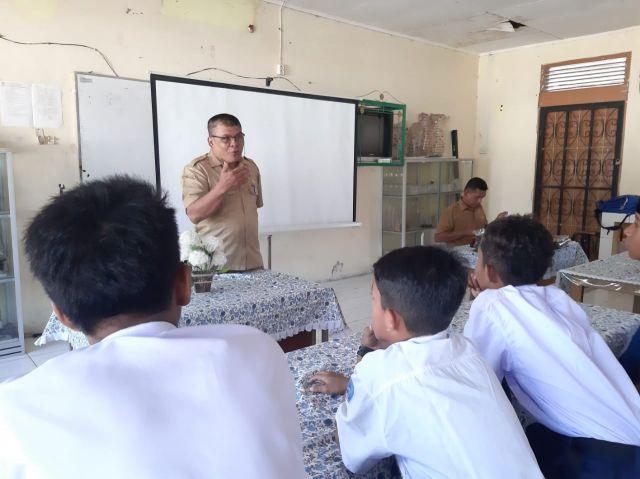 Kabid Dikdas Disdikbud Aceh Besar Lepas Tim FLS2N Ke Provinsi