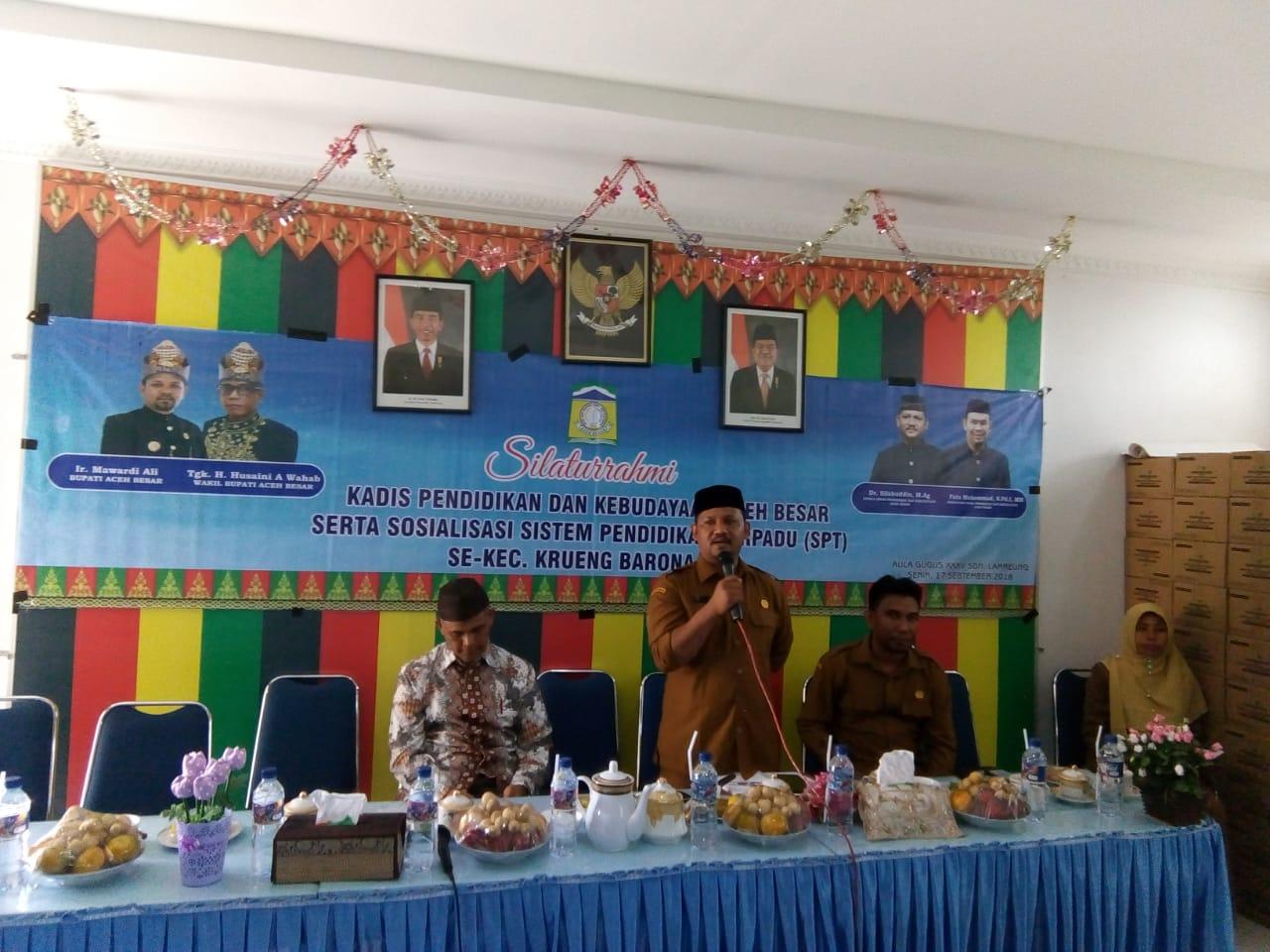 Kadisdikbud Aceh Besar Silaturrahmi Bersama Bapak/Ibu Kepala Sekolah Se-Kecamatan Kuta Baro dan Krueng Barona Jaya