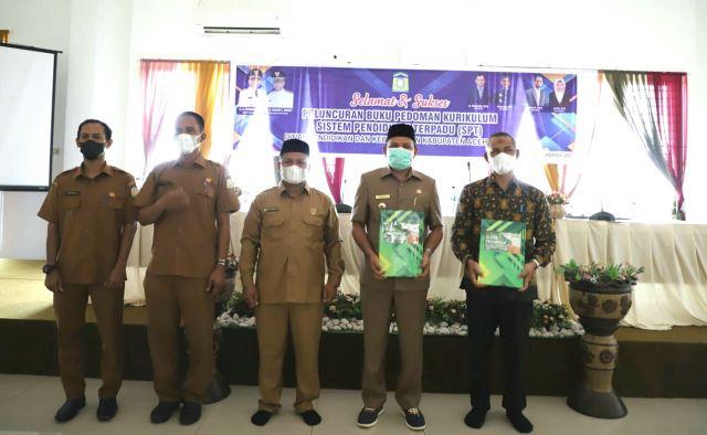 Buku Pedoman Kurikulum SPT  Disdikbud Aceh Besar Diluncurkan