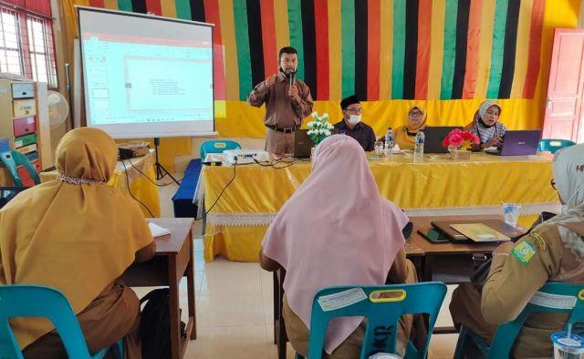 Workshop Literasi  Gugus SDN Krueng Raya  Membuat Guru Suka Menulis