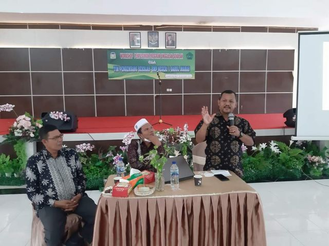 SMP Negeri 1 Darul Imarah  Gelar Workshop Program Unggulan