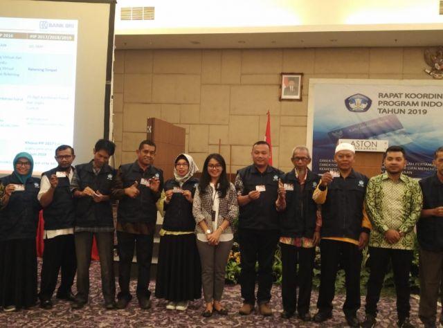 Delapan Belas Kabupaten/Kota Terima Penghargaan Pengelolaan Program Indonesia Pintar PIP Terbaik Se-Indonesia